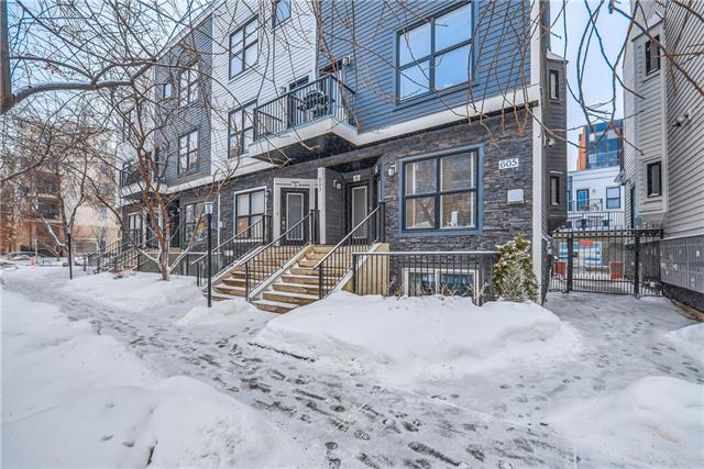 #7 603 15 AV SW, 2 bed, 1 bath, at $334,000