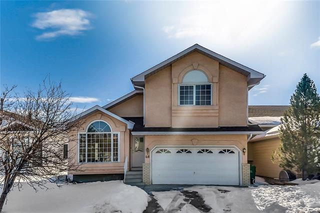 48 HAWKMOUNT CL NW, 3 bed, 2.1 bath, at $469,900