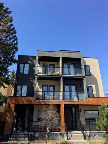 #2 1915 33 ST SW, 3 bed, 3.1 bath, at $649,000