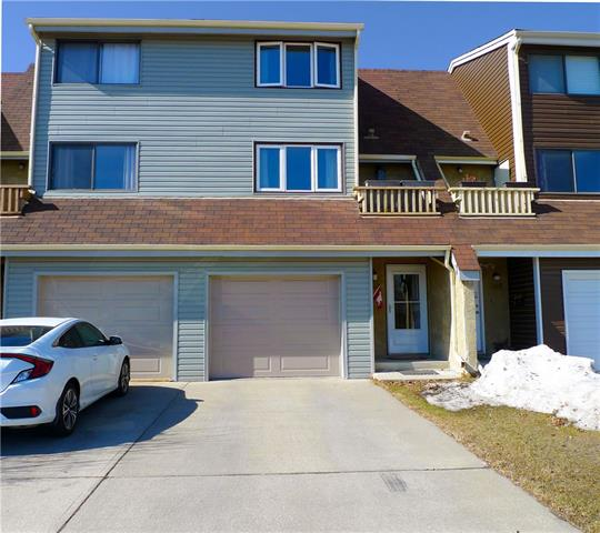 1307 RANCHLANDS RD NW, 3 bed, 1.1 bath, at $324,900