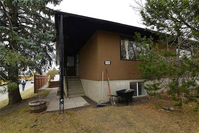 3339 37 ST SW, 4 bed, 4 bath, at $769,900