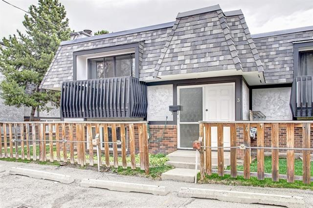 #3 1743 24A ST SW, 2 bed, 1.1 bath, at $239,900