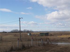 270089 Township Road 235  , at $449,000