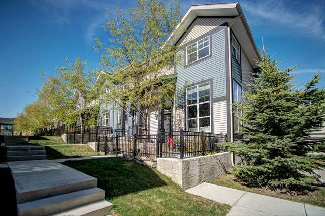 623 MCKENZIE TOWNE SQ SE, 2 bed, 2.1 bath, at $350,000