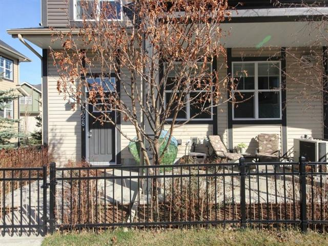 1028 Mckenzie Towne VI SE, 2 bed, 2 bath, at $367,000