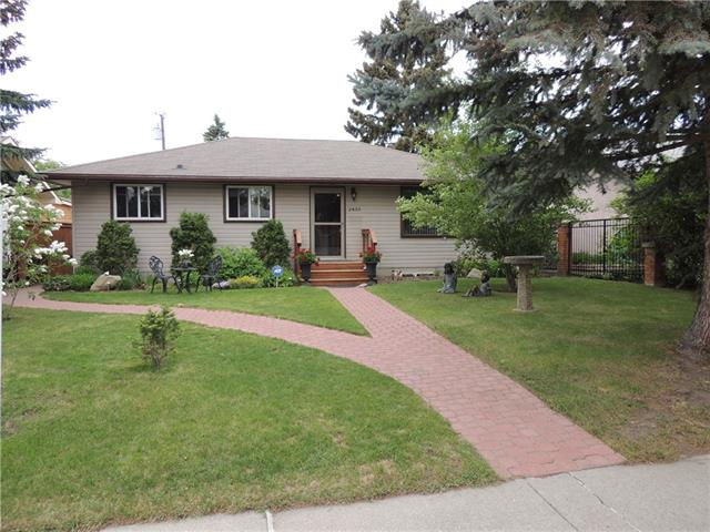 2433 ELMWOOD DR SE, 3 bed, 2 bath, at $469,900