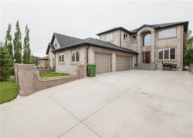66 Coulee VW SW, 4 bed, 2.2 bath, at $998,900