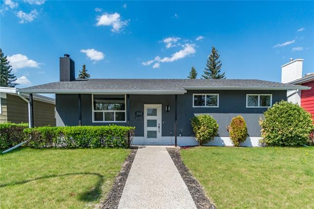3712 54 AV SW, 4 bed, 2 bath, at $679,900