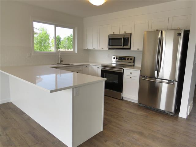451 Sunset DR , 5 bed, 3 bath, at $250,000