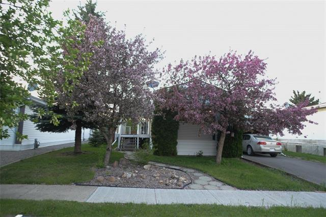 312 Cottonwood DR , 2 bed, 1.1 bath, at $109,000