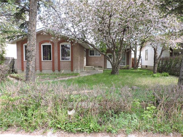1728 54 ST SE, 3 bed, 1 bath, at $259,900