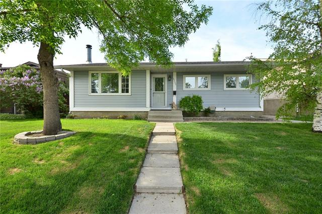 2735 41A AV SE, 4 bed, 2 bath, at $419,900